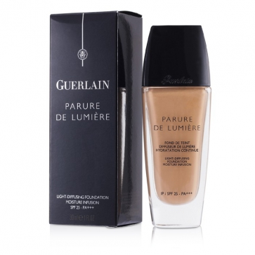 Parure De Lumiere Light Diffusing Fluid Foundation SPF 25 - # 04 Beige Moyen
