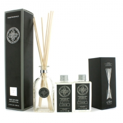 Reed Diffuser with Essential Oils - Ginger Lily